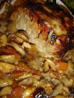 """Roti de porc a la sauce """"qui tue"""" ! - Des Lys d'Or - En surfant sur le net pour trouver une recette pour cuisiner mon rôti de porc d'une autre façon - Cooking Recipes For Dinner, Easy Cooking, Healthy Cooking, Healthy Dinner Recipes, Appetizer Recipes, Vegetarian Recipes, Cooking Twine, Kale Recipes, Oven Cooking"""