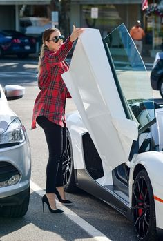 June 18, 2014 -Khloe Kardashian arriving to Buddah Berry in Sag Harbor, NY.  Bae