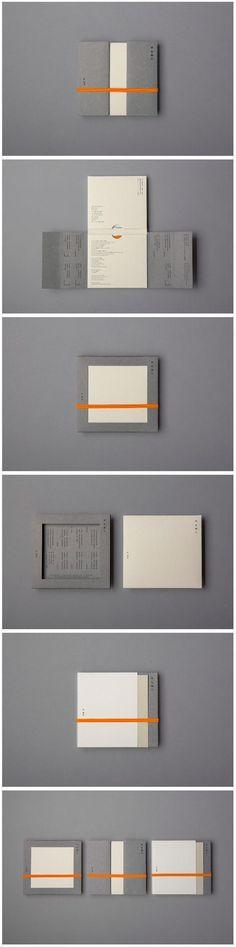 Graphics/Design/Packaging So beautifully straightforward and reduced . Design Brochure, Booklet Design, Graphic Design Branding, Packaging Design, Cd Packaging, Luxury Packaging, Packaging Ideas, Graphisches Design, Japan Design