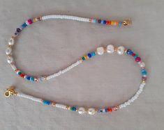 Diy Jewelry Necklace, Bead Jewellery, Cute Jewelry, Handmade Necklaces, Beaded Jewelry, Beaded Bracelets, Handmade Jewelry, Necklace Ideas, Summer Necklace
