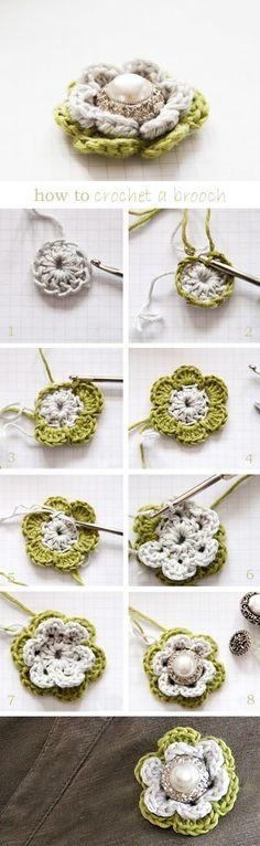 Privatsachen by epipa: Häkeln Crochet Brooch Crochet Diy, Crochet Brooch, Crochet Motifs, Crochet Flower Patterns, Love Crochet, Crochet Crafts, Double Crochet, Crochet Flowers, Crochet Stitches
