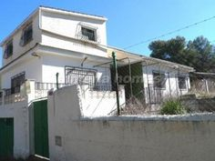 3 bedroom Country house for sale in Baza
