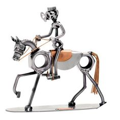 Great looking & and bolts& metal sculpture in the design of an equestrian rider on their horse. Welding Art Projects, Metal Art Projects, Metal Crafts, Metal Tree Wall Art, Scrap Metal Art, Metal Artwork, Welded Metal Art, Tree Artwork, Sculpture Metal