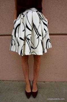 simpleandchic.com - XO Skirt / via @bananarepublic