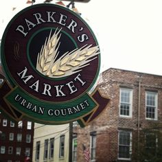Need a quick and delicious bite to eat? Stop into Parker's Market for terrific food, drinks, gifts, gas and more!