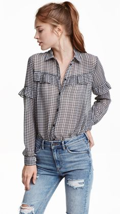 Button up in style with crisp white shirts, sheer blouses and cute tunics. Discover our large selection of women's shirts and blouses! Daily Fashion, Fashion Online, Blouse Styles, Blouse Designs, Casual Outfits, Fashion Outfits, Fashion Trends, Color Combinations For Clothes, Shirt Blouses