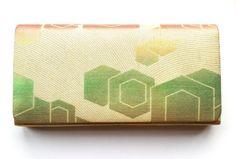 Vintage Japanese Kimono  Bag Clutch Gold by VintageFromJapan, $15.00 #vintage #shopping #etsy #Japan #art