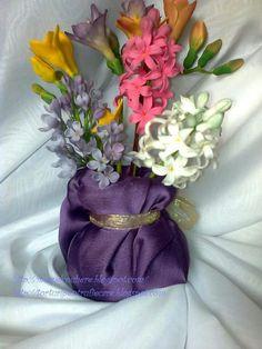 spring sweet flowers Sugar Flowers, Vase, Spring, Sweet, Home Decor, Homemade Home Decor, Flower Vases, Jars, Decoration Home