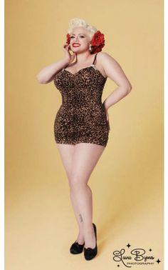 Marilyn Swimsuit in Leopard - Plus Size