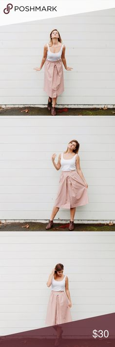 "VINTAGE Pink Button Skirt Length 27"" Waist 26"" Vintage Skirts Midi"
