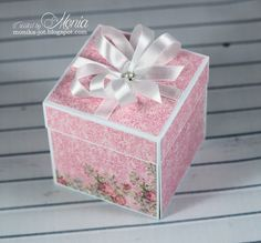 Wild Orchid Crafts: Exploding box with pearls
