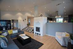 Sims 4 Build, Wall Boxes, Modern Farmhouse, House Plans, Loft, House Design, Living Room, Interior, Furniture