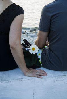 Un fiore nella borsetta  https://www.youtube.com/watch?v=a0dmCZu7fzQ