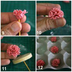 Tutorial: cómo hacer claveles en pasta de goma