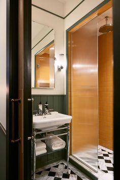 Attractive Tiny Apartment Bathroom Decoration Ideas 34 – Home Design Soho House, Bad Inspiration, Bathroom Inspiration, Hotel Bathroom Design, Bad Styling, Tiny Apartments, Modern Shower, Bathroom Styling, Houses