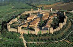Monteriggioni (province of Sienna)