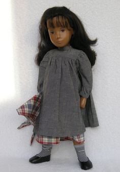 Dress with over dress with matching scarf Gotz Dolls, Sasha Doll, Smock Dress, Girl Doll Clothes, Vintage Dolls, Beautiful Dolls, Kendall, American Girl, Smocked Dresses