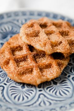 Churro waffles - big cinnamon sugar breakfast love - churro waffles - www. - Churro waffles – great cinnamon sugar breakfast love – Churro waffles – www. Churro Waffles, Pancakes And Waffles, Cinnamon Waffles, Keto Donuts, Baked Donuts, Tefal Snack Collection, Homemade Donuts, Chocolate Donuts, Molten Chocolate