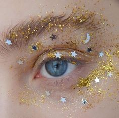 sparkles and glitter eye make up Eye Makeup, Beauty Makeup, Hair Makeup, Queen Makeup, Angel Makeup, Gold Makeup, Beauty Tips, Beauty Hacks, Hipster Vintage
