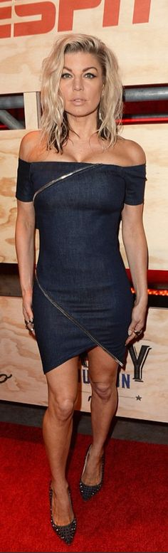 Who made  Fergie's denim off the shoulder dress?