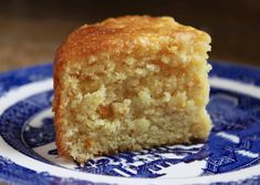Sicilian Whole Orange Cake is a moist and delicious crowd-pleasing dessert. It could also be called a Whole Orange Cake, because the entire orange is used. Köstliche Desserts, Delicious Desserts, Whole Orange Cake, Orange Cakes, Cake Recipes, Dessert Recipes, Baking Recipes, Light Cakes, Cake Mixture