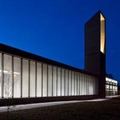 Sutherland Hussey Harris adds angular brick tower to Edinburgh Sculpture Workshop