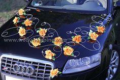 Décoration voiture balai roses oranges