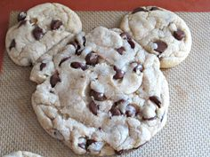 These Mickey Mouse Chocolate Chip Cookies are so fun and delicious! No kidding this is the best cookie I have eaten in my entire life! Mickey Mouse Cookies, Mickey Mouse Parties, Mickey Party, Mickey Birthday, 2nd Birthday, Birthday Ideas, Disneyland Food, Disney Food, Disney Stuff