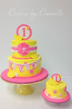 Pink Lemonade birthday cake, with fondant lemon wedge accents. Like the color scheme and the banner on the cake Sunshine Birthday, Baby 1st Birthday, First Birthday Cakes, Birthday Ideas, Birthday Parties, Birthday Cake Cookies, Cupcakes, Cupcake Cakes, Limonade Rose