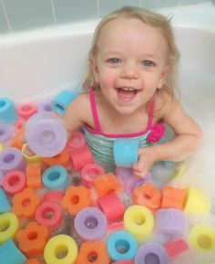 Lots of ideas for baby play, play doughs and slimes, science play, etc.