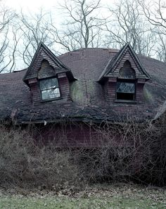 abandoned house. Looks as though its morphing into a monster and looking back at you, slumped and malevolent. Pinned here because this looks like what Stephen King was thinking about when Jake had to go into the haunted house in the Dark Tower series...
