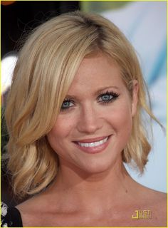 Brittany Snow Red Hair Color | Brittany-Snow-Neon-Yellow-Heels-brittany-snow-14015416-899-1222.jpg