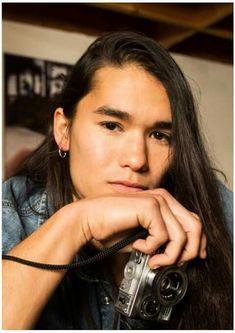 Best Looking Native American Men Booboo Stewart, Kenny Ortega, Naruto, Native American Beauty, Aesthetic People, Interesting Faces, David Beckham, Celebrity Hairstyles, Pretty Boys