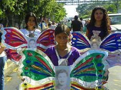 Jóvenes de El Salvador recuerdan en una marcha a las hermanas Mirabal by Say NO - UNiTE, via Flickr