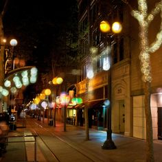 Downtown Nightlife: If you're looking to experience the vibrant nighttime scene of San Jose, you'll be hard-pressed to find a better neighborhood than downtown. Packed to the rafters with everything from wine bars to dives—and everything in between—you shouldn't have too much trouble finding a few places to hole up for the evening. via @thewaytosanjose