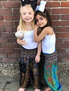 Cute Little Girls Outfits, Mommy And Me Outfits, Little Girl Fashion, Kids Fashion, Cute Family, Family Goals, Forever And Forava, Sav And Cole, Cole And Savannah