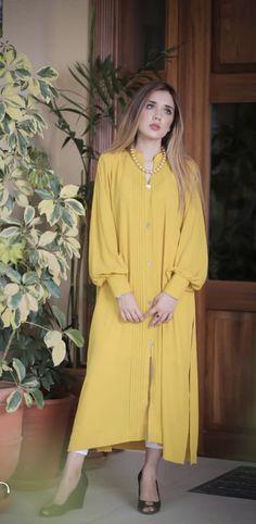 Stylish Dress Designs, Stylish Dresses, Nice Dresses, Girls Dresses, Royal Fashion, Indian Fashion, Women's Fashion, Pakistani Outfits, Indian Outfits