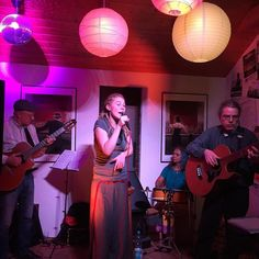 #LeCanardNoir live im #Filou #Steinhude  #chansons #popmusik #jazz #music #steinhudermeer #musik #konzert #live  #livemusic #instamusic #ig_music #smallsession #pic #pinterest
