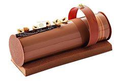 Hot Chocolate Sauce, Chocolate Cream, Beautiful Cakes, Amazing Cakes, Raspberry Recipes, Dessert Decoration, Small Cake, Recipe For 4, Chef Recipes