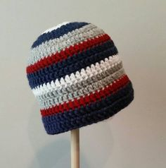 A great hat for New England Patriots fans! Go Pat's Hat. Made to order. Sizes newborn to adult. Mens Crochet Beanie, Crochet Hats, Go Pats, Patriots Fans, Football Season, New England Patriots, Hand Crochet, Crochet Projects, Lana
