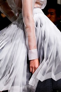 See detail photos for Christian Dior Spring 2012 Couture collection.