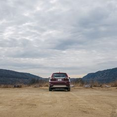From the mountains to the hills, the Honda CR-V stands out in any environment. It's stylish exterior is guaranteed to catch eyes and turn heads.