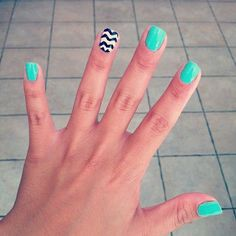 plain mint/baby blue with zigzag on ring finger
