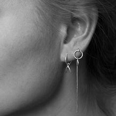 Anna Nooshin Single Wishbone Hoop Earring Silver