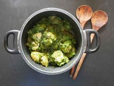 New potatoes with a lemony and lovage pea sauce - a perfect recipe for summer!