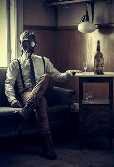 sekigan: Damon Offord さんの After The Fall ボードのピン Gas Mask Art, Masks Art, Gas Masks, Plague Mask, Post Apocalyptic Fashion, Ex Machina, Dark Photography, Chernobyl, Mad Max
