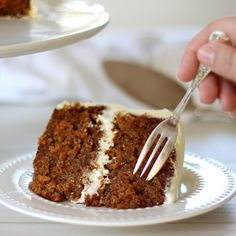 Carrot Cake is a classic A light and fluffy cake flavoured with shredded carrot and spices topped with a tangy cream cheese frosting Fun Baking Recipes, Easy Cake Recipes, Sweet Recipes, Dessert Recipes, Delicious Desserts, Yummy Food, Carrot Cake Recipes, Tasty, Classic Carrot Cake Recipe