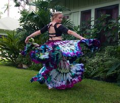 This listing is for a beautiful, one of a kind, hand dyed skirt. Traditionally used for belly dancing this skirt is IDEAL for wearing out and about!. Made from extremely soft 100% cotton and hand dyed by me at the time of ordering. This skirt is a full 25 yards at the hem, the drawstring and elastic waist will stretch to about 50. Completely washable!   Cholis are available in separate listings...I can even dye it to match...just request a custom order.   International shipping is available…