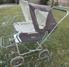 Pram Stroller, Baby Strollers, Vintage Pram, Prams And Pushchairs, Dolls Prams, Baby Prams, Travel System, Baby Carriage, Baby Toys