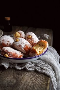 French Toast, Food And Drink, Bread, Breakfast, Cake, Recipes, Painting, Basket, Morning Coffee